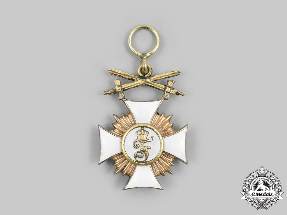 Germany, Wurttemberg. A Friedrich Order Miniature in Gold, Military Division, c. 1918