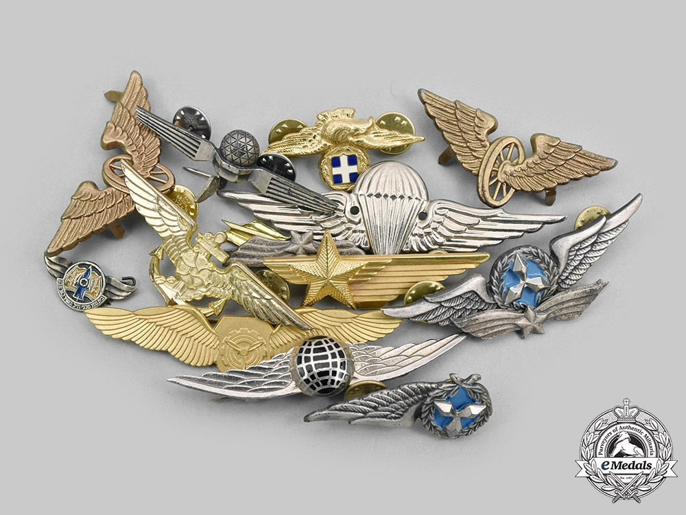 International. A Lot of Sixteen Miscellaneous Air Force, Paratrooper and Transport Badges
