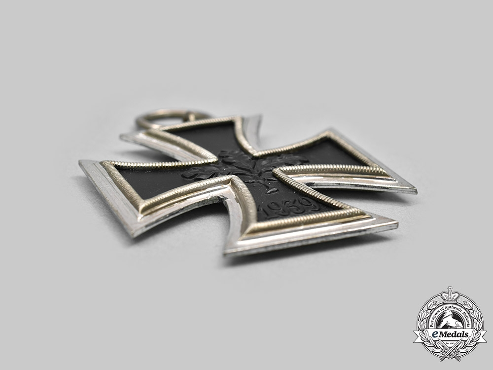 Germany, Federal Republic. A 1939 Iron Cross II Class, 1957 Version with Case, by Steinhauer & Lück