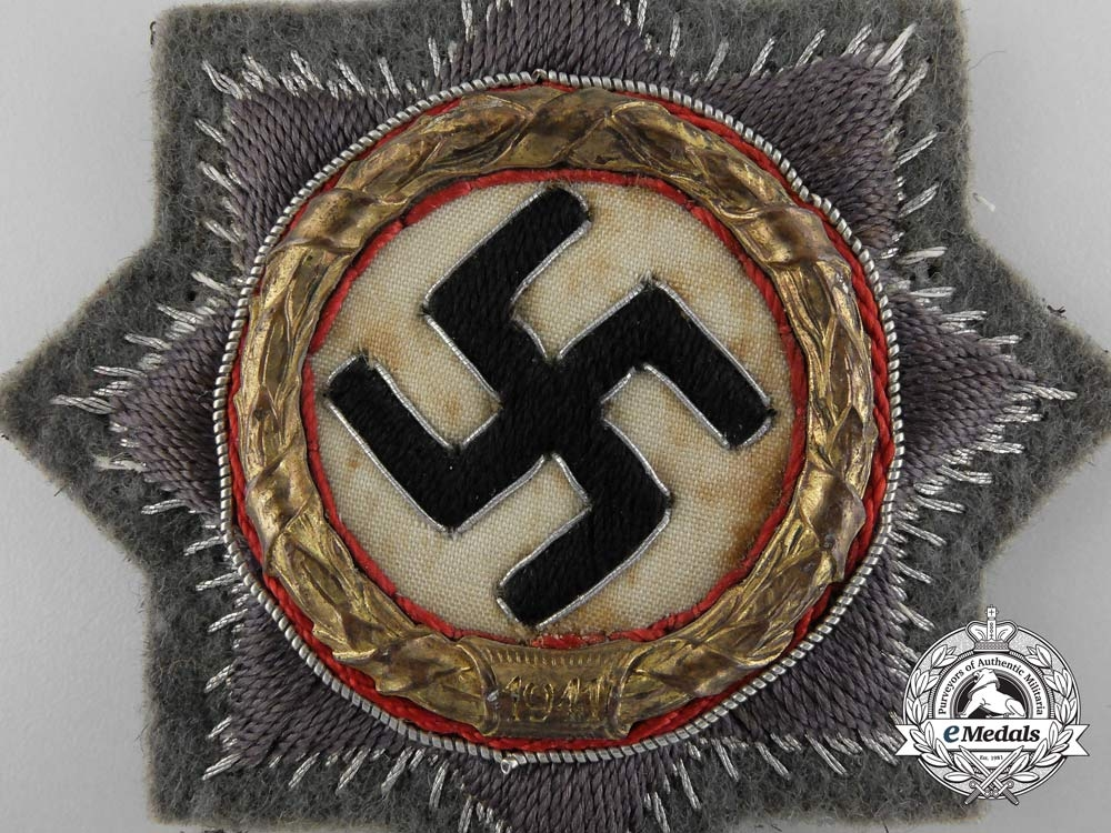 Germany. An Wehrmacht German Cross in Gold, Cloth Version