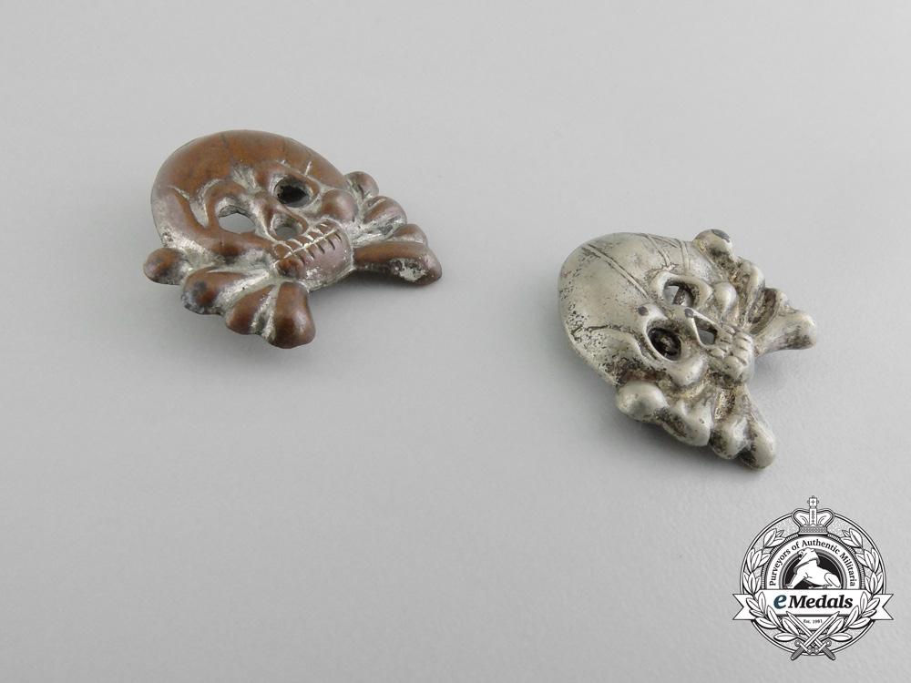 A Pair of Early Panzer Collar Tab Skulls