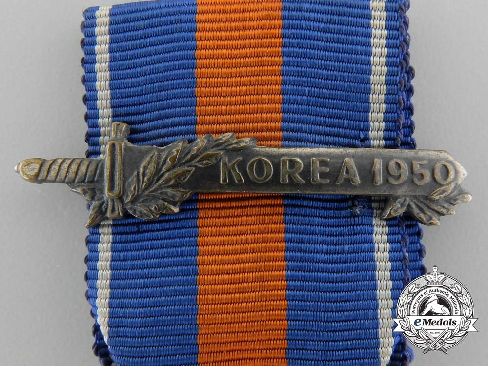 A Dutch Cross for Freedom and Justice; Korea 1950