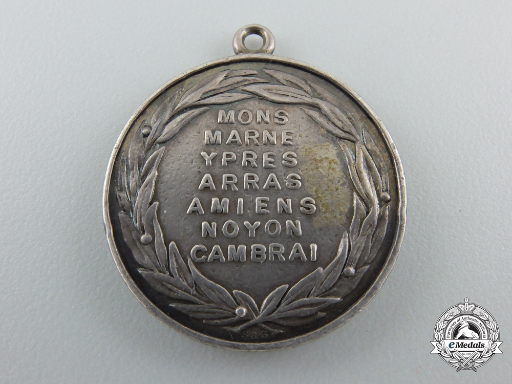 A First War British 6th Regiment of Dragoon Guards (Carabiniers) Medal 1914-1918