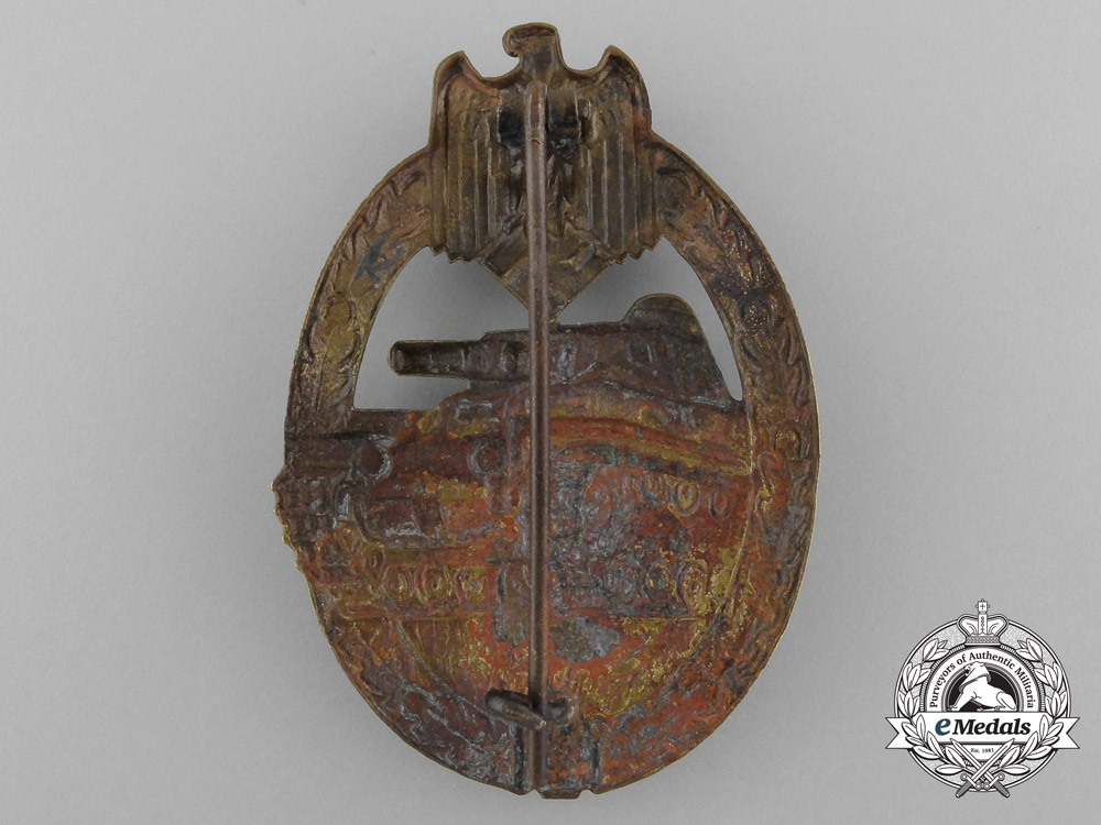 An Early Panzer Badge; Bronze Grade in Tombac