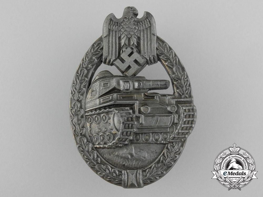 An Army Tank Badge Bronze Grade