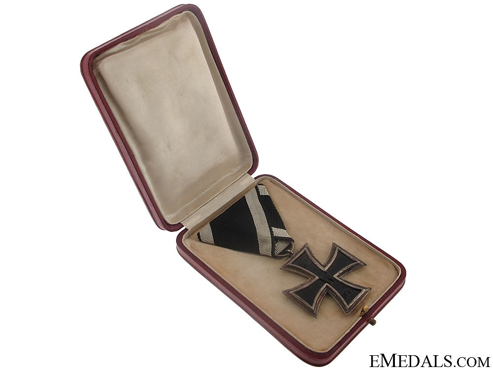Cased WWI Iron Cross 2nd. Class