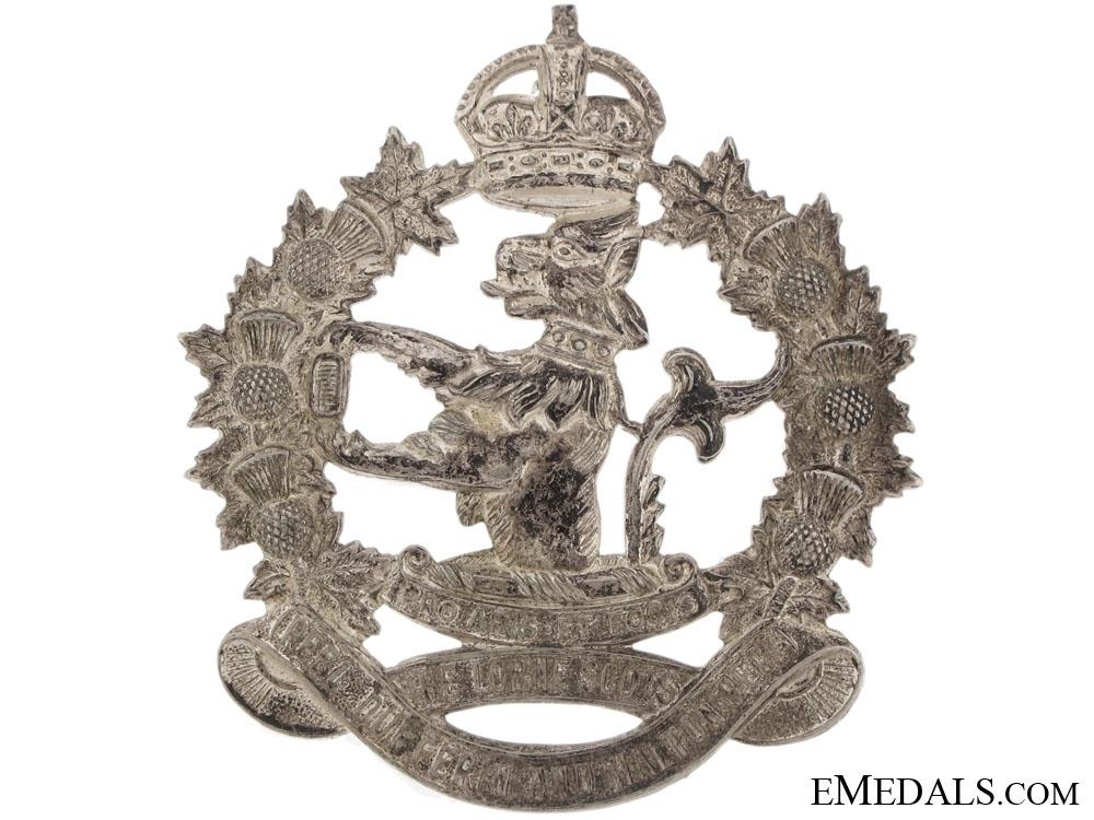 A Lorne Scots (Peel, Dufferin, & Halton) Cap Badge