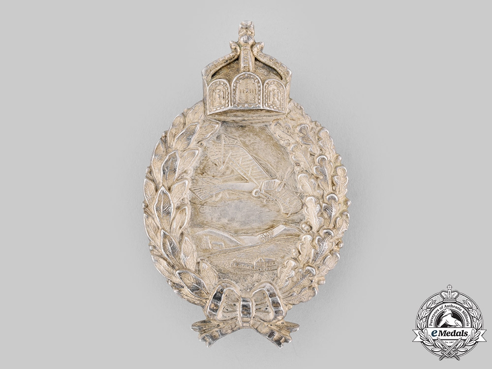 Germany, Luftstreitkräfte. A Prussian Pilot's Badge, with Case by C.E. Juncker