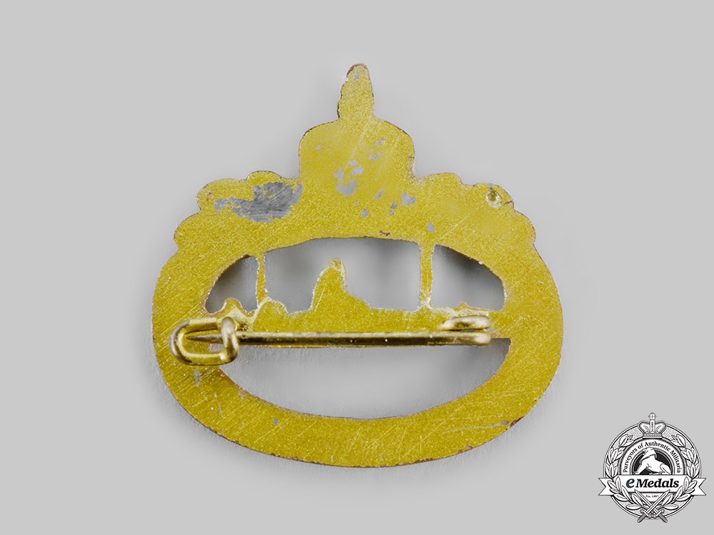 Germany, Imperial. A Prinzen Size Imperial Submarine (U-Boat) Badge