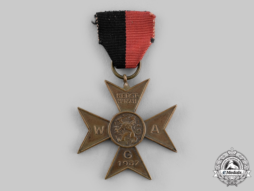 Netherlands, NSB. A Dutch National-Socialist Movement Kerst-Marsch Commemoration Medal, c.1937