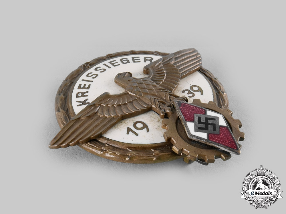 Germany, HJ. A 1939 HJ Regional Trade Competition Victor's Badge, by August Tham