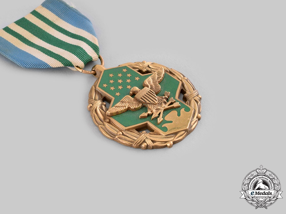United States. Three Medals & Decorations