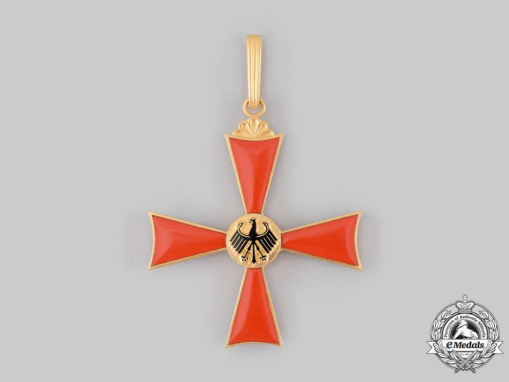 Germany, Federal Republic. An Order of Merit, Commander with Case