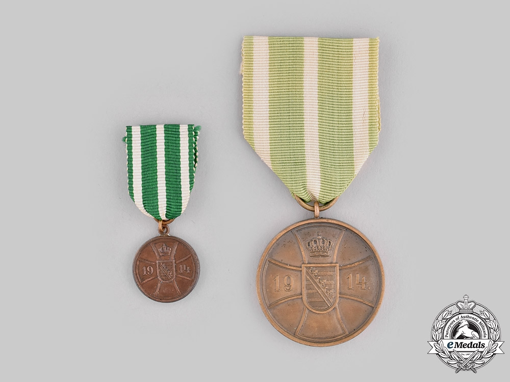 Saxe-Altenburg, Duchy. A Bravery Medal in Bronze with Miniature