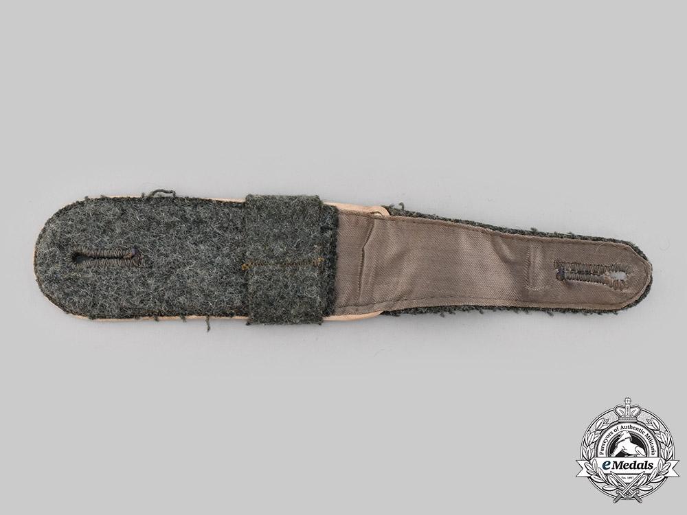 Germany, Heer. An Infantry Enlisted Personnel Shoulder Strap