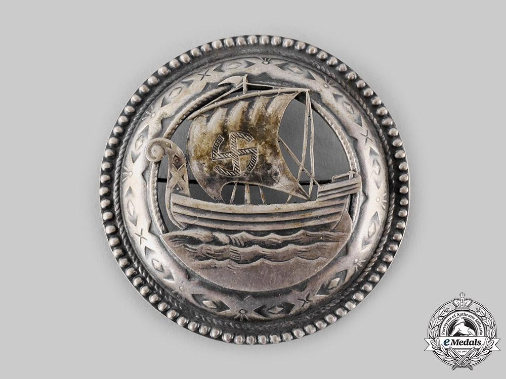 Germany, Third Reich. A Decorative Viking Ship Brooch