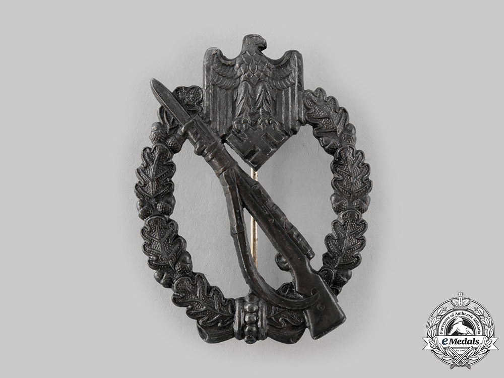 Germany, Wehrmacht. An Infantry Assault Badge, Bronze Grade, by Julius Bauer & Co.