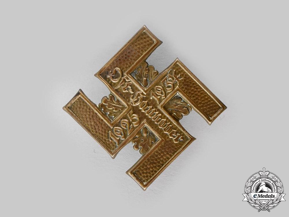 Germany, NSDAP. A 1934 East Hannover NSDAP 10 Year Anniversary Badge