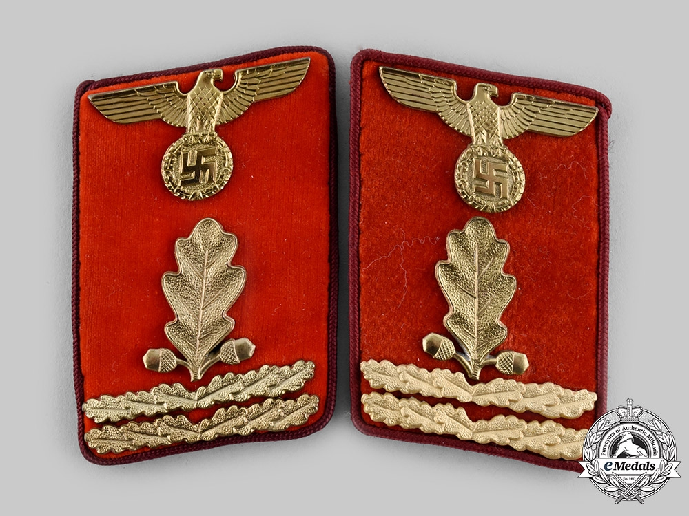 Germany, NSDAP. A Set of Gau-Level Abschnittsleiter Collar Tabs