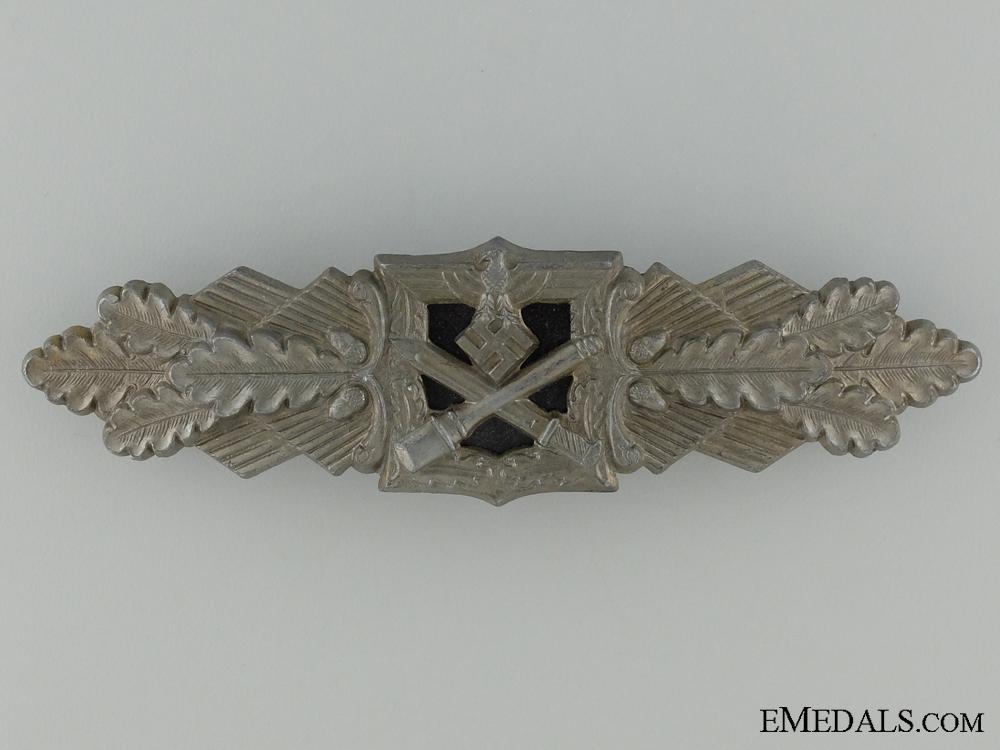 A Close Combat Clasp; Bronze Grade by F & B L