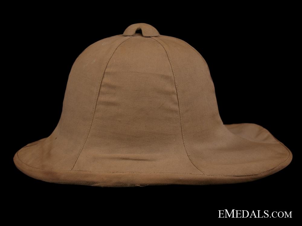A Rare 1918 Canadian Horse Artillery Pith Helmet