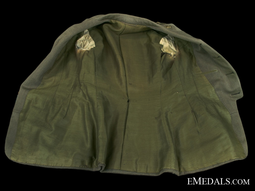 A First War Canadian 42nd Battalion Officers Uniform