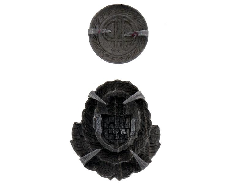 Officer's Cap Badges, WWII