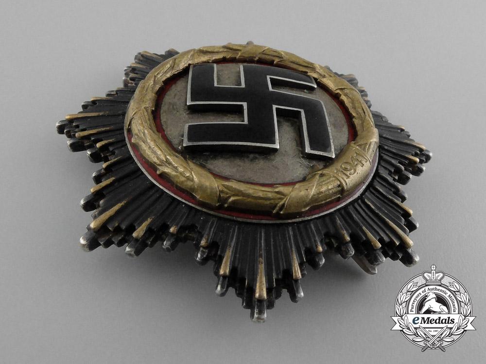 A Fine Quality German Cross in Gold by Deschler
