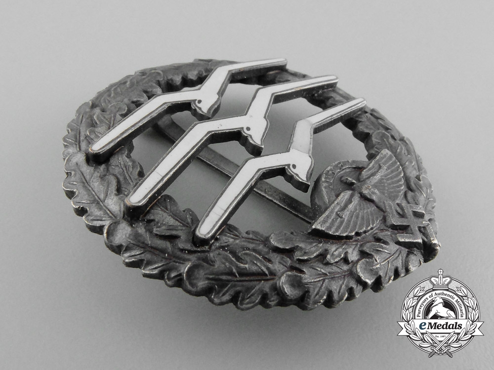 A Fine Quality NSFK Glider Pilot Badge; Numbered