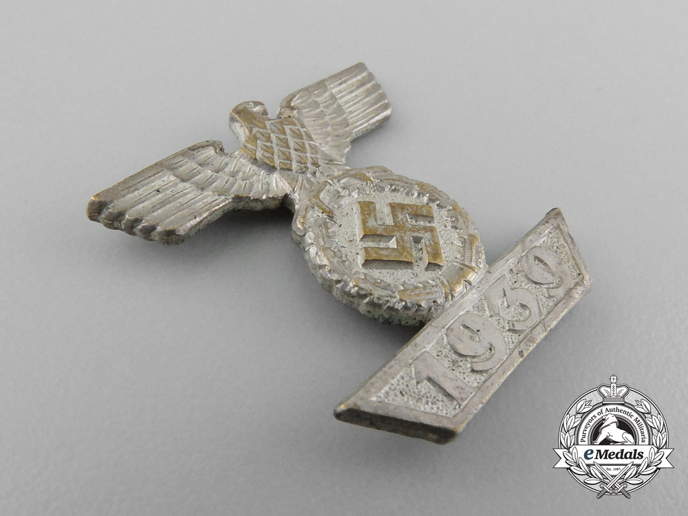 A Clasp to the Iron Cross 2nd Class 1939; Second Pattern Reduced Version