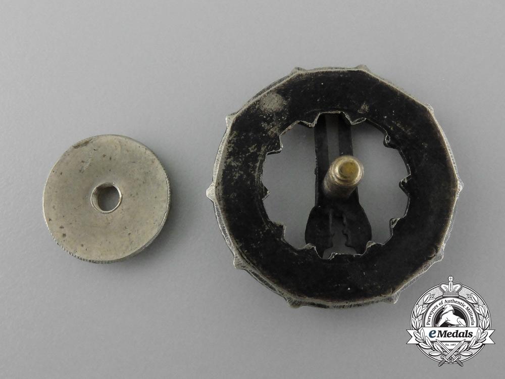 A Second War Finnish Rifle Shooting Badge; 2nd Class