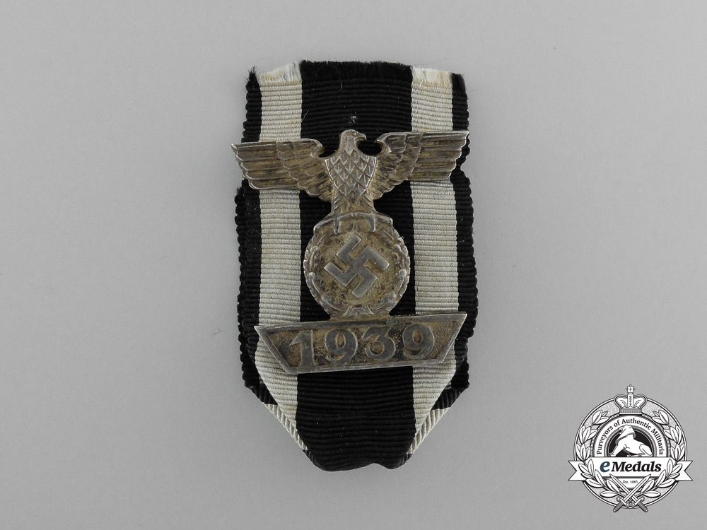 An Iron Cross 1914 Second Class with 1939 Clasp to the Iron Cross by Friedländer