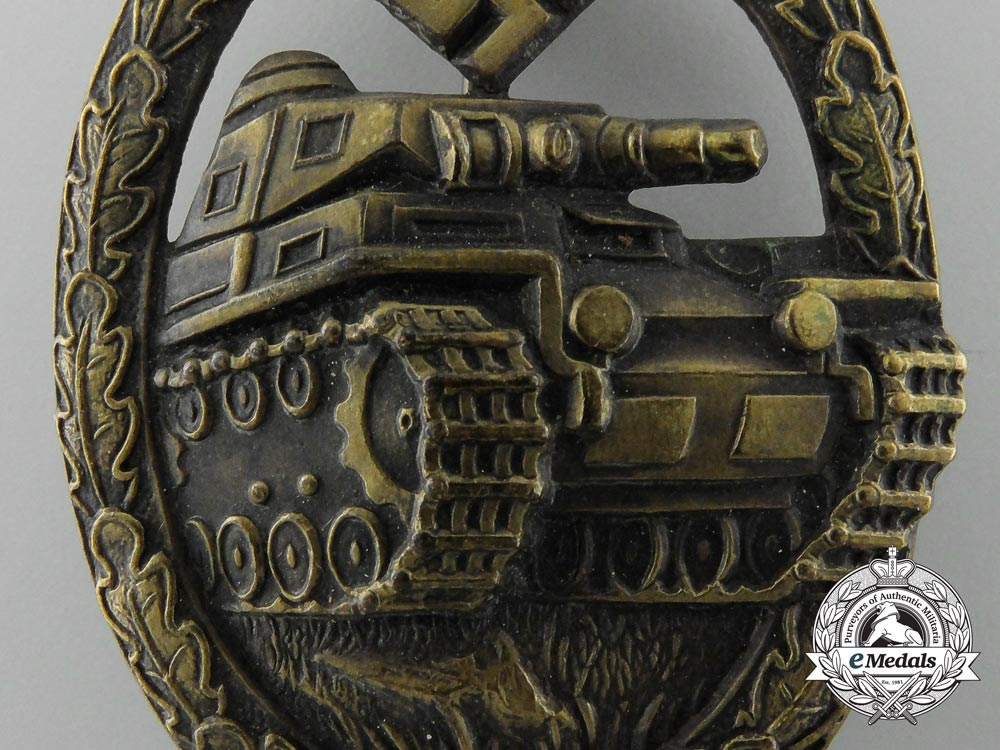 A Mint & Early Panzer Assault Badge in Bronze by Karl Wurster