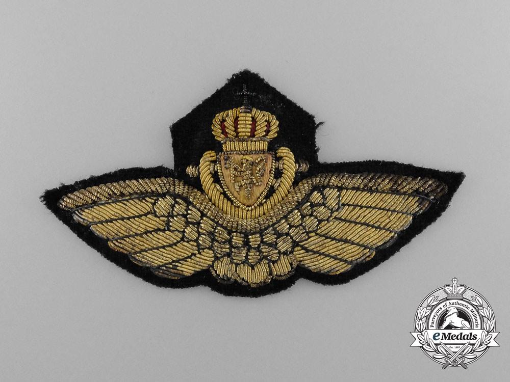 A Second War Naval Pilot Cap Badge