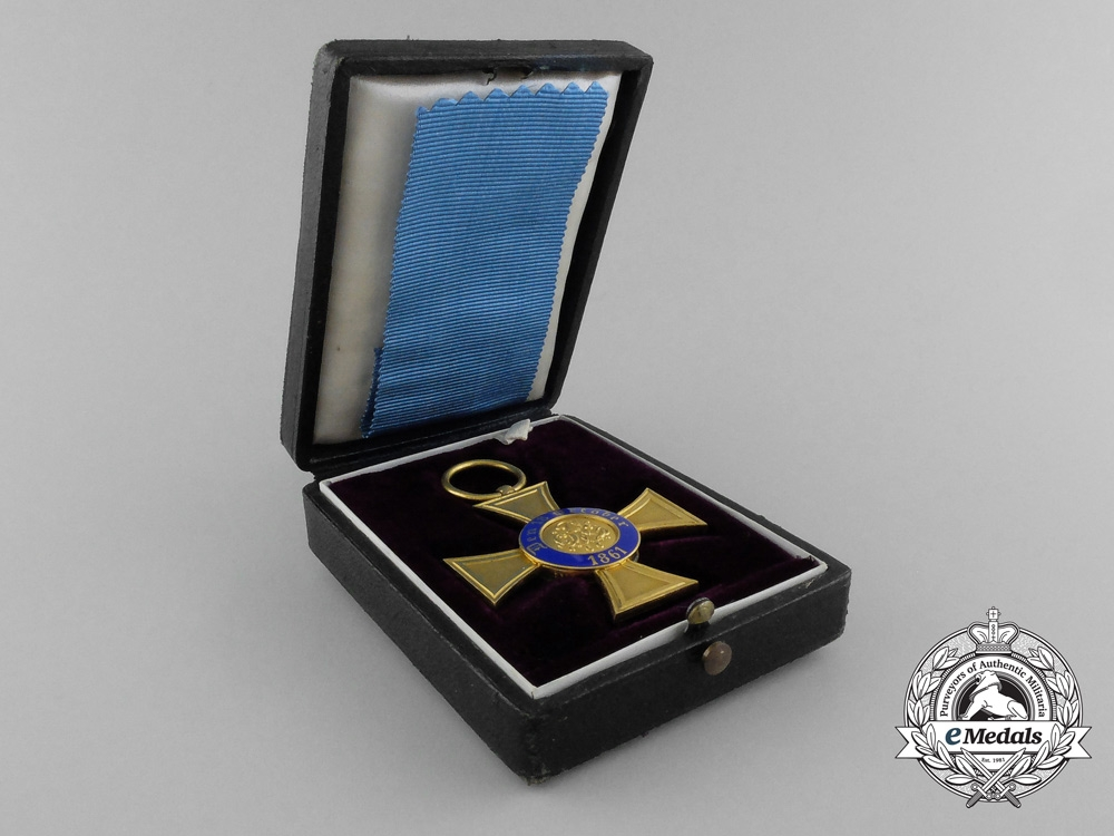 A Prussian Crown Order; Fourth Class in Gold with Case & Carton