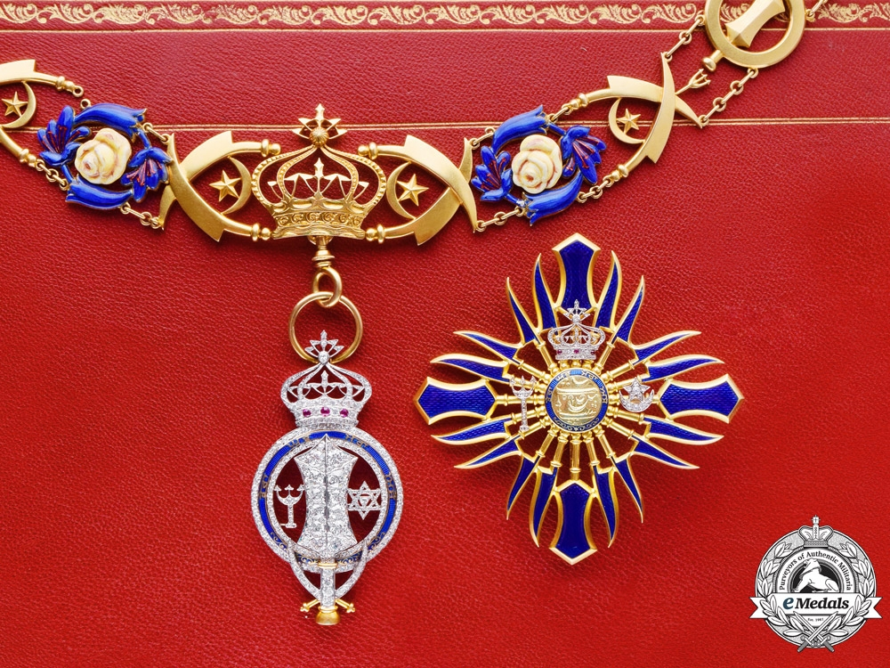 India (Patiala). The Superb Patiala Royal Family Order (Nishan-i-Phul) of Maharaja Bhupendra Singh