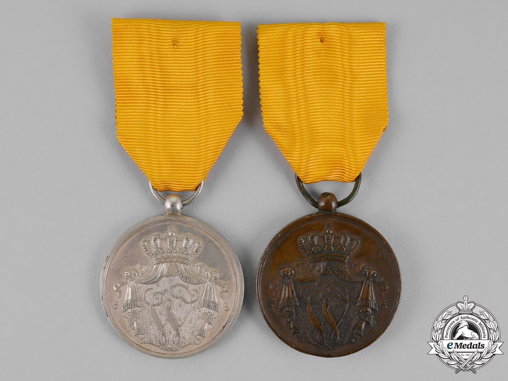 Netherlands, Kingdom. Two Military Long Service Medals