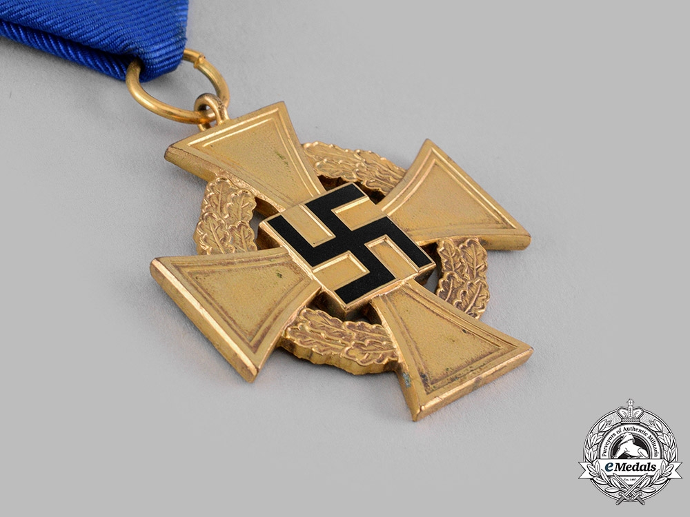 Germany, Third Reich. A Civil Service 40-Year Faithful Service Cross with Case