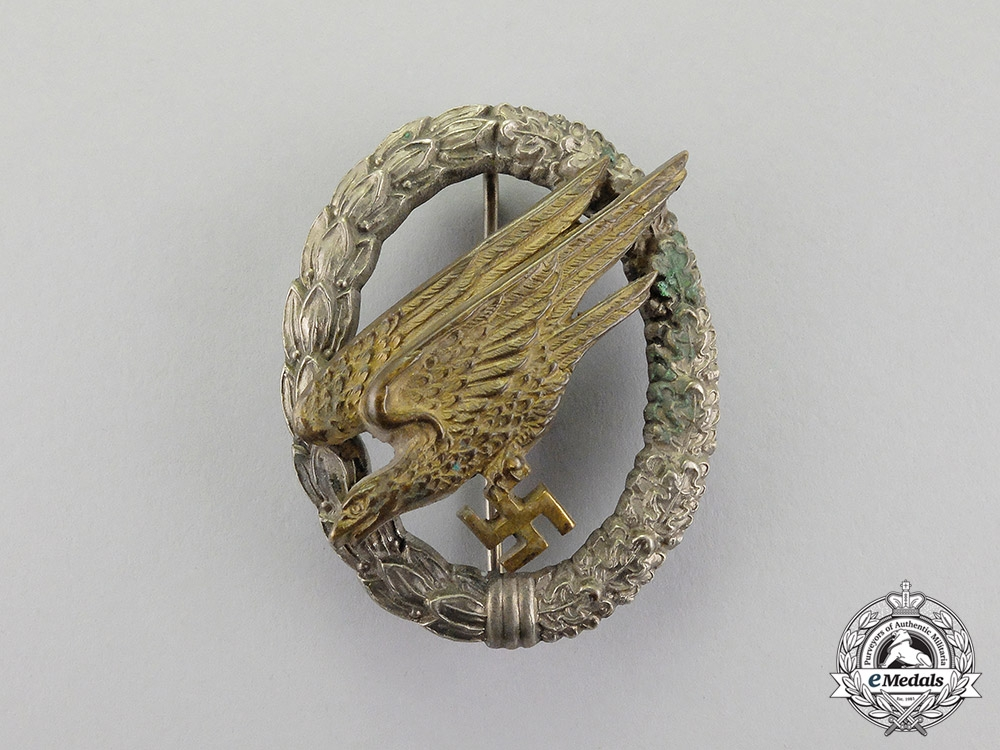 Germany. An Early Luftwaffe Fallschirmjäger Badge by JMME & SOHN