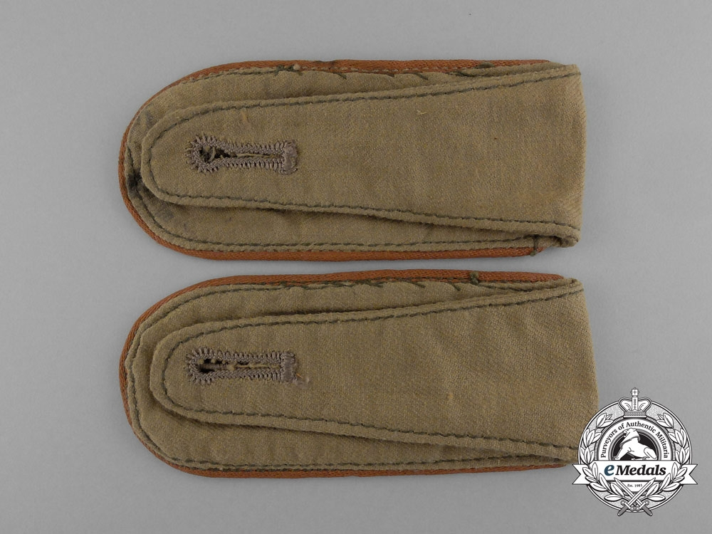 A Matching Pair of Luftwaffe Signals Enlisted Man's Tropical Shoulder Boards