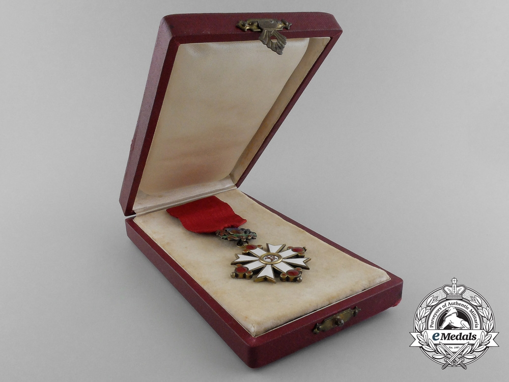 A Scarce Latvian Order of Vesthardus (AKA Order of Viesturs) with Case