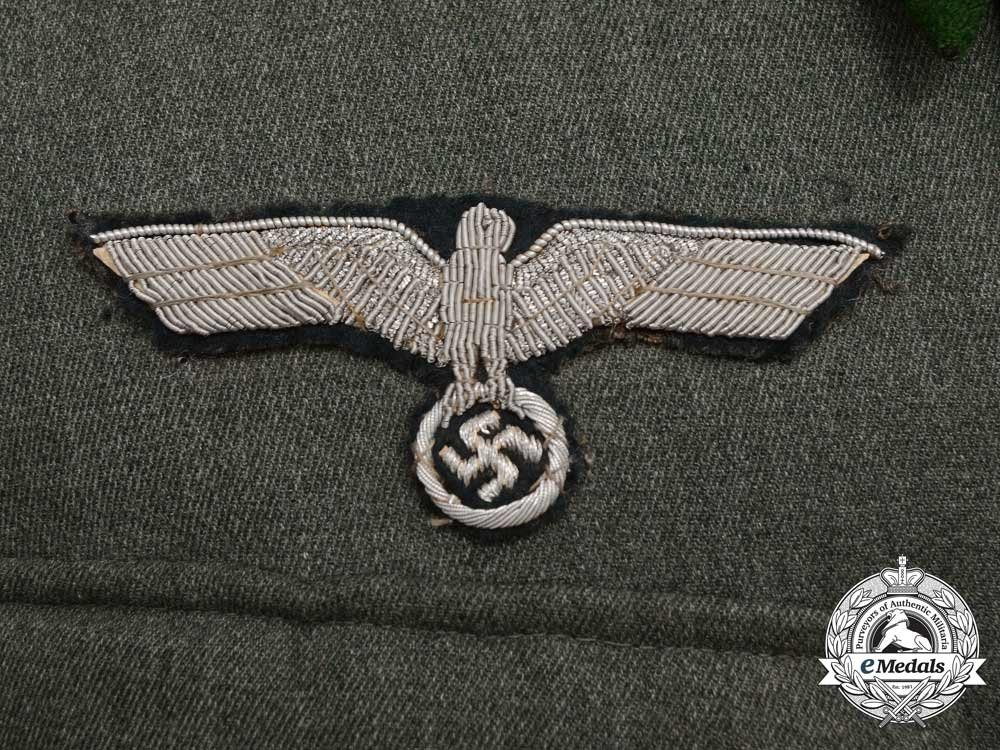 An Army (Heer) Infantry Lieutenant (Leutnant) Officer's Tunic