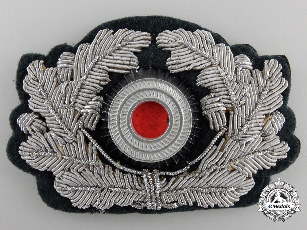 An Army Wreath for Officer's Visor