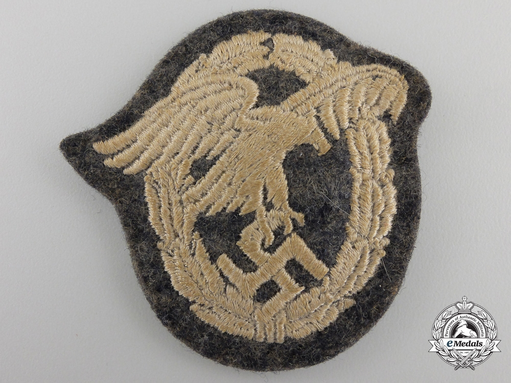 A LuftwaffeObserver's Badge;Cloth version