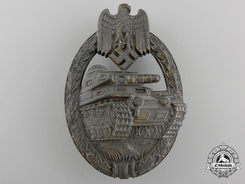 A Bronze Grade Tank Assault Badge