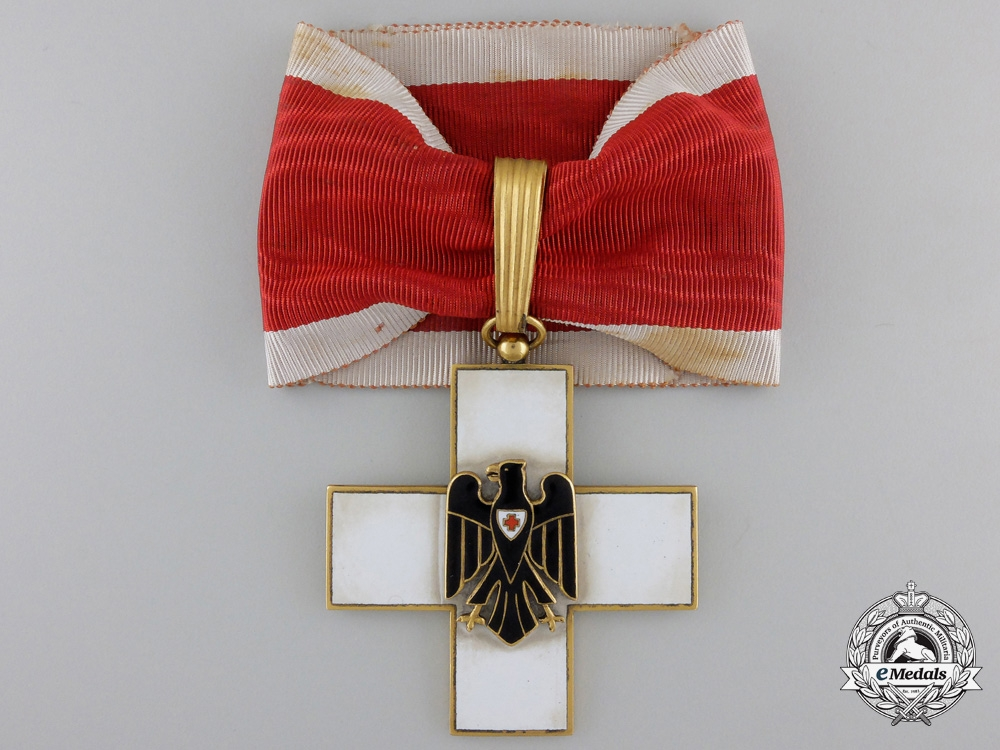 A German Red Cross Decoration Type II (1934-1937); First Class
