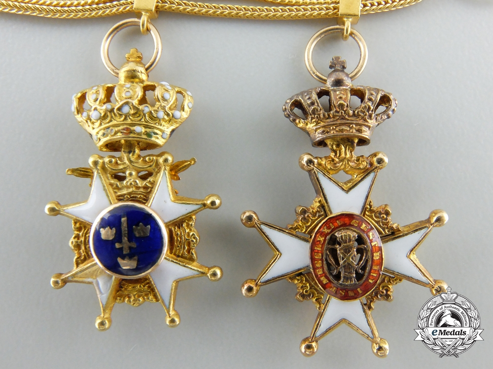 An Exquisite Miniature Grouping in Gold