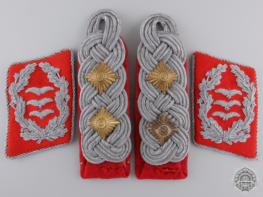 Flak Artillery Oberst Collar Tabs & Shoulder Boards