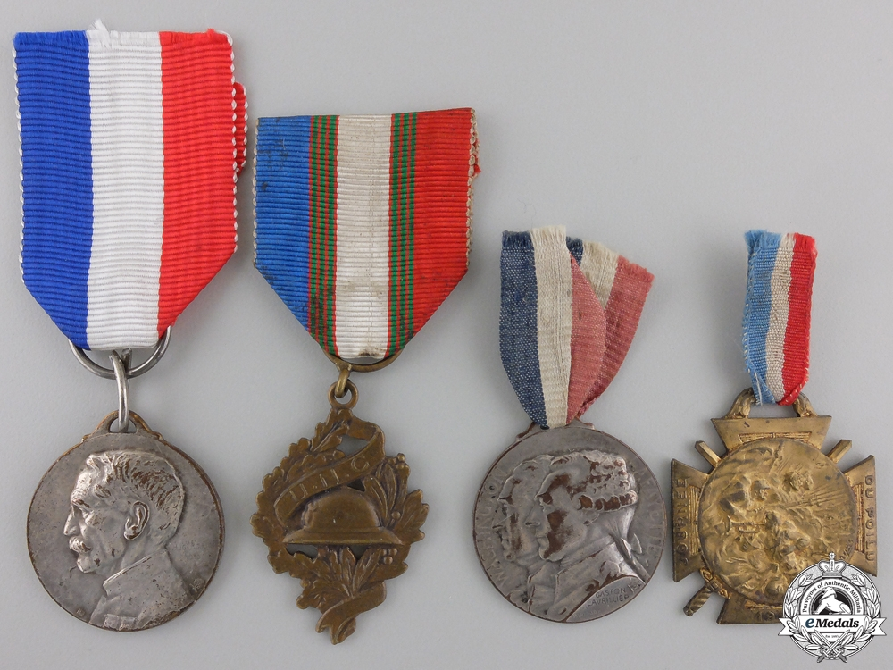 Four French First War Commemorative Medals