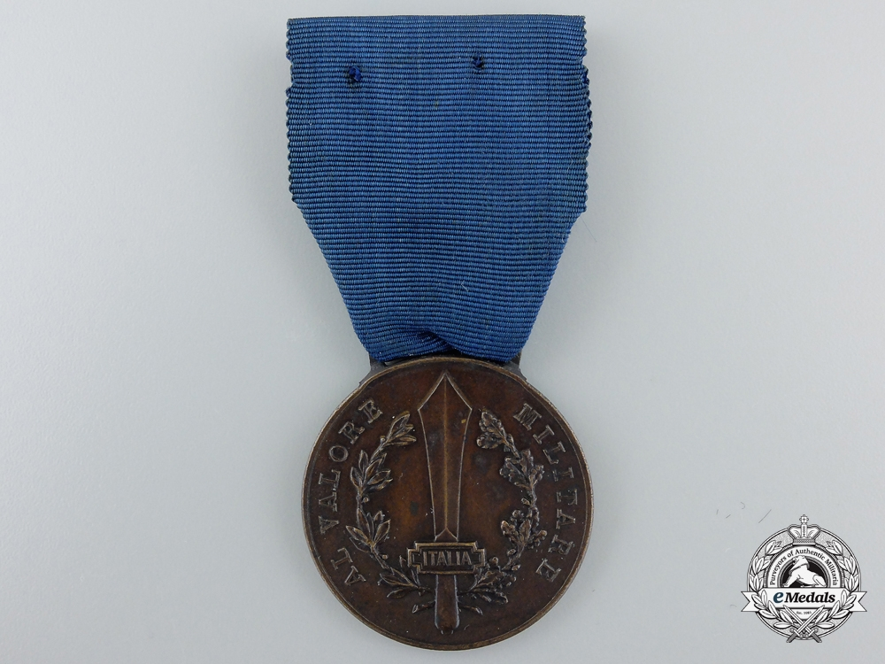 Italy, Fascist State. A Medal for Military Valour; Bronze Grade with Stickpin